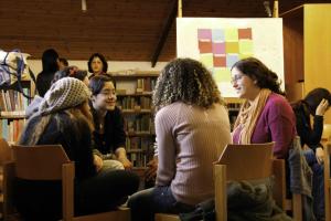 z-016113-dialoog-tussen-jongeren