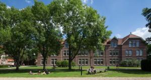 campus van studenten